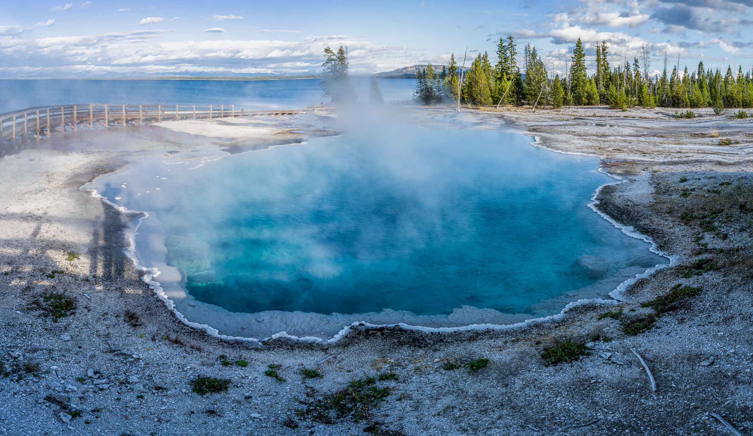 West Thumb Area, Yellowstone National Park, Wyoming, USA