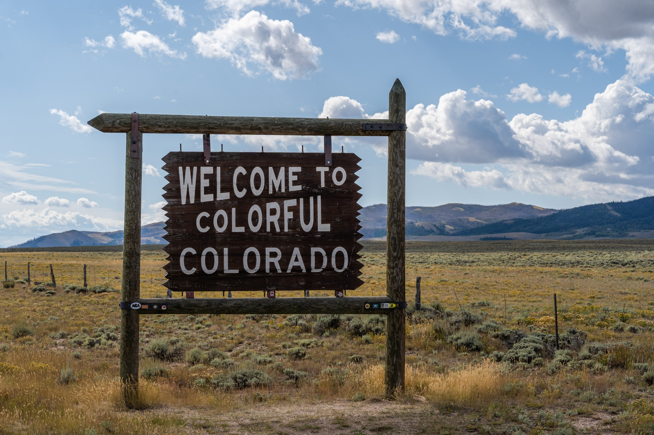 Welcome To Colorful Colorado Sign
